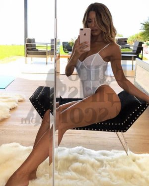 Aura live escort in Destrehan Louisiana