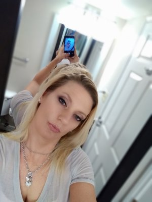 Eve-anna call girls in Franklin OH