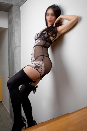 Klarisse escorts in Richmond Heights Ohio